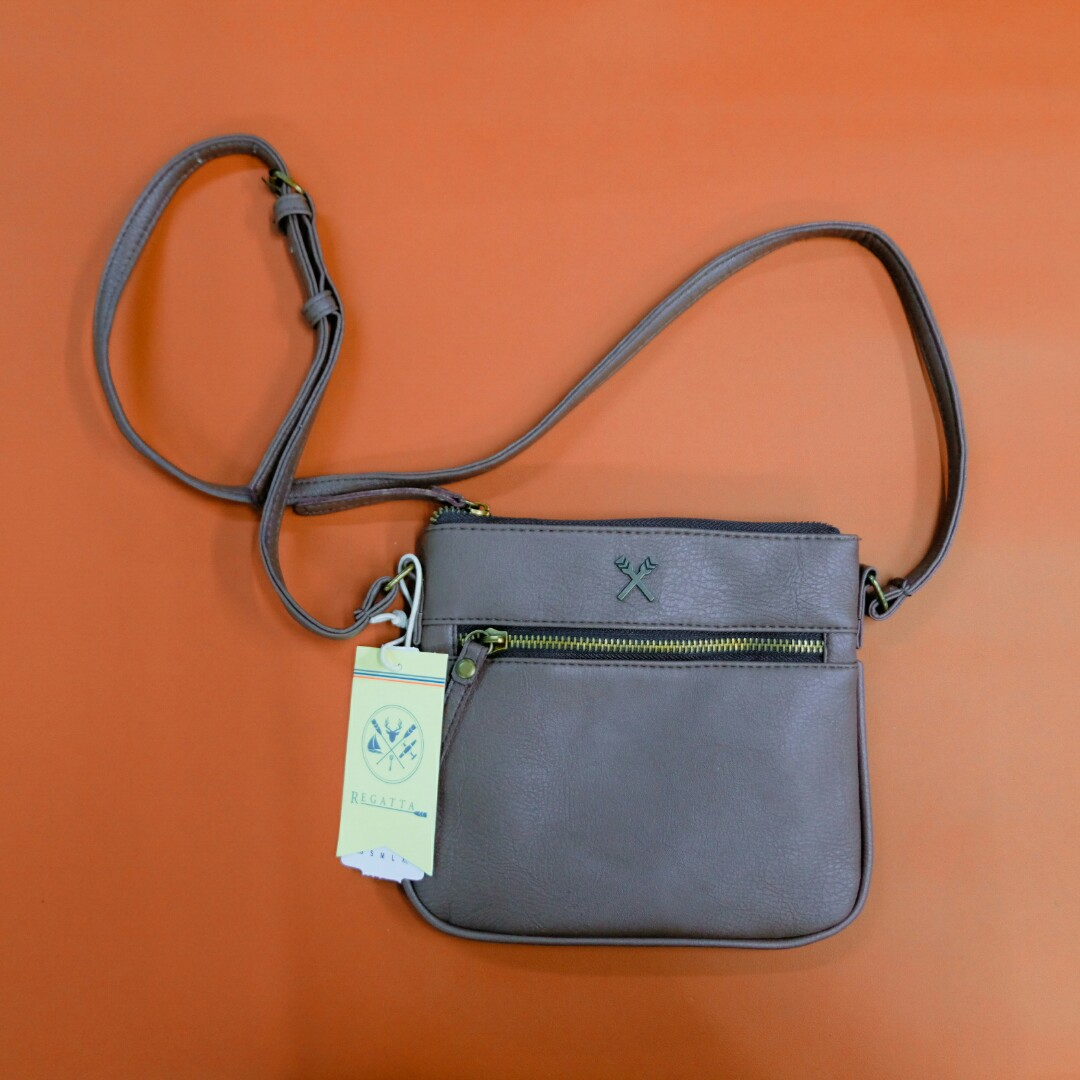 a5e075f37d1e Brand New and Authentic Regatta Sling bag
