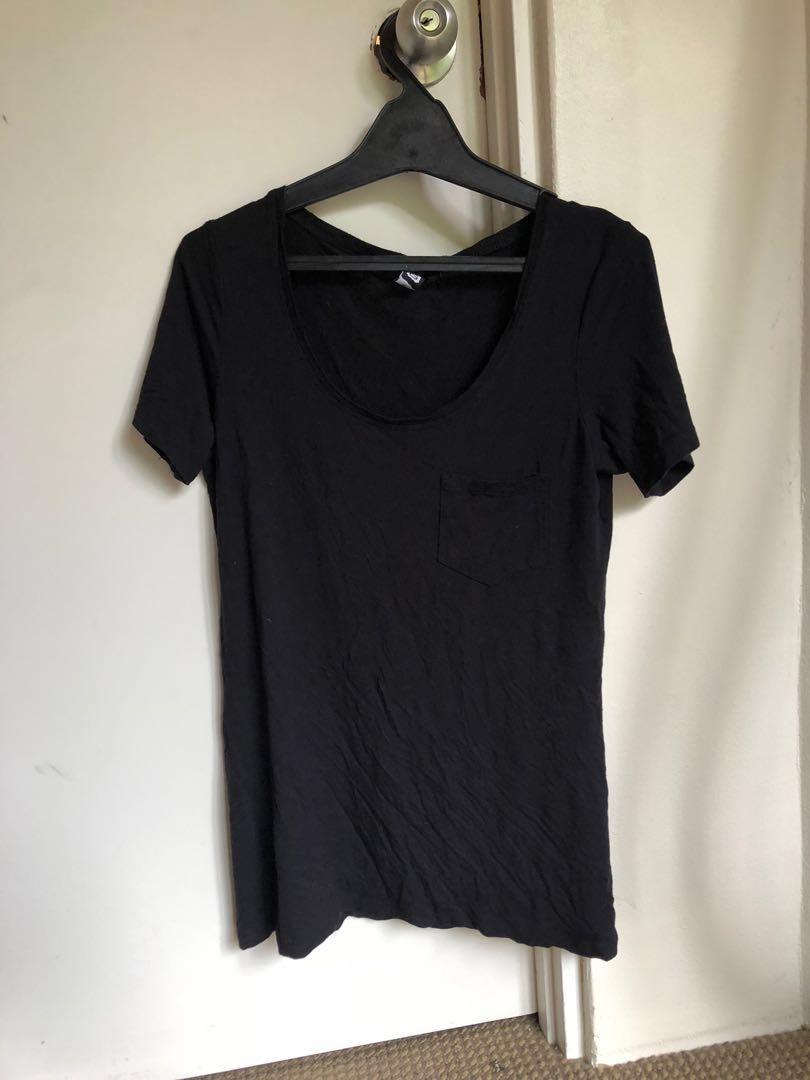 Glassons black oversized pocket t-shirt