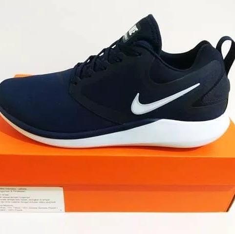 e321d93d644 Nike lunarsolo original 100%, Men's Fashion, Men's Footwear ...