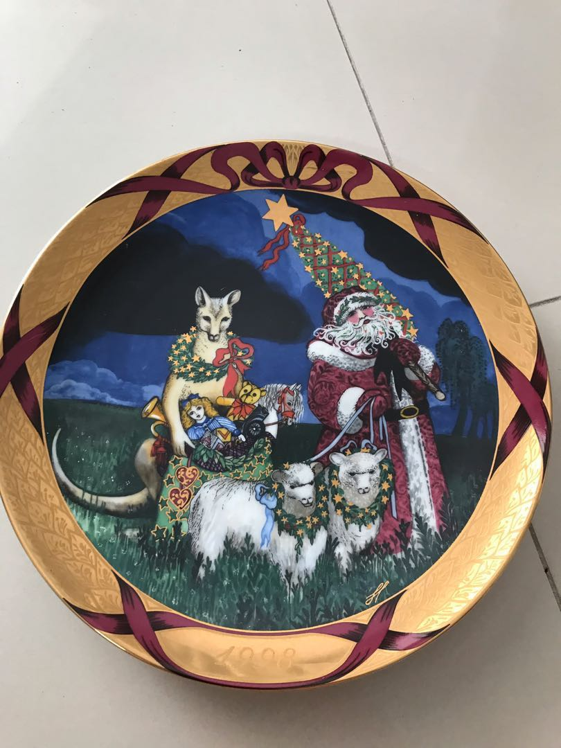 Royal Copenhagen Christmas Plates.Royal Copenhagen Christmas Plate
