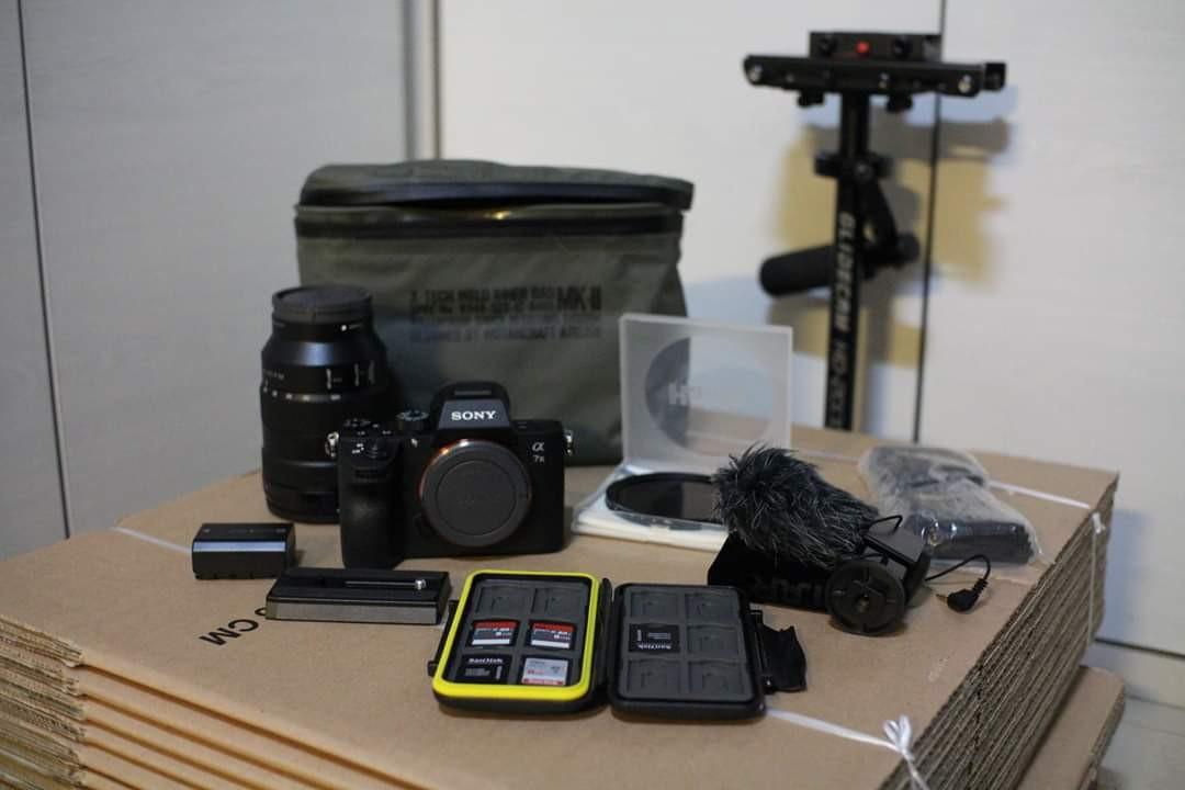 Sony A7iii + Sony FE 24-105 G OSS w/ filmmaking accessories