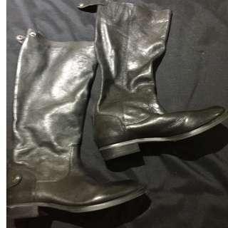 Black Leather Boots - ARTURO CHIANG - Size 9
