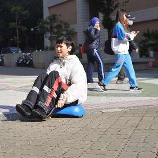 HILLCROP ✼白色連帽衝鋒衣✼ 尼龍 小叮噹大口袋 戶外街頭 防風outdoor 抽繩運動 日本古着Vintage