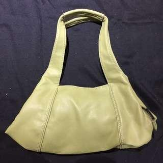 Nine West Green Leather Purse with lots of pockets