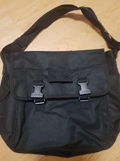 Bkack canvas bag