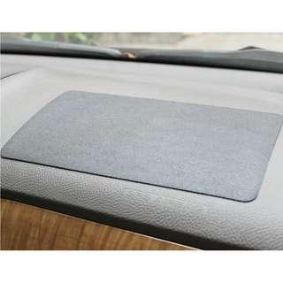 Anti-Slip Dashboard Mat (Dermatoglyphic Style)