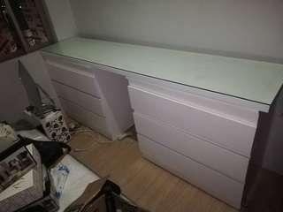 Malm chest drawers and countertop
