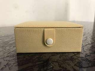 Brand new leather Jewellery gift Box with mirror