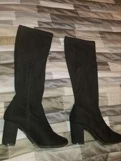 High knee boots F21