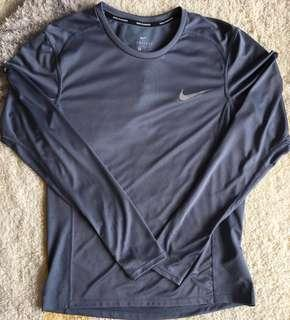 Nike long sleeves dri-fit running top - men size M
