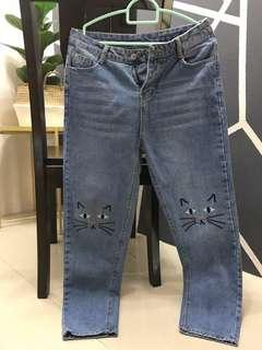 Cute jeans for women