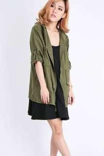 Army green parka (new condition)
