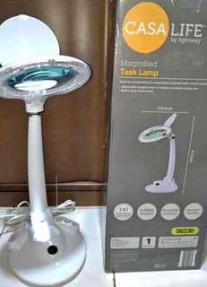 Casa Life LED Magnifying Lamp