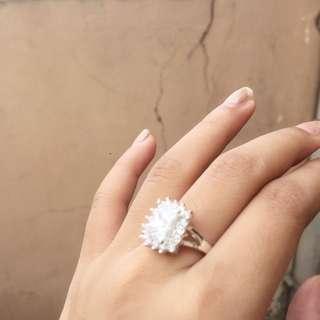 Cincin Titanium Diamond Looks a Like
