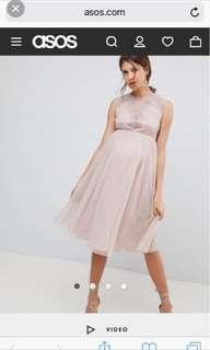 Dress ideal for maternity photo