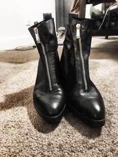 Zara 100% leather zip ankle boots block heel