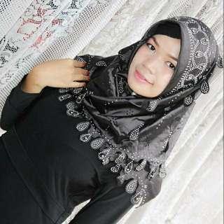 Jilbab segiempat merak mewah by lestari