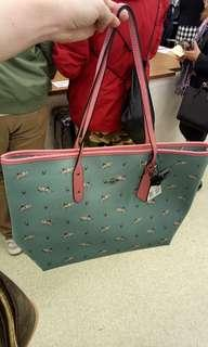 coach pink and turquoise shark tote bag