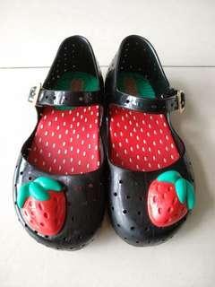 Preloved Mini Melissa black strawberry