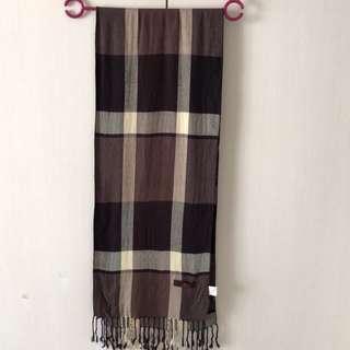 🚚 格紋圍巾