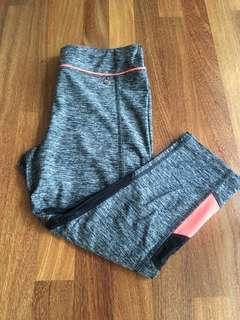 Size M Sport legging 3/4
