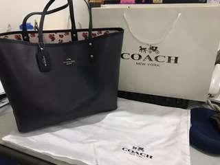 New Coach tote bag 100% ori medium size