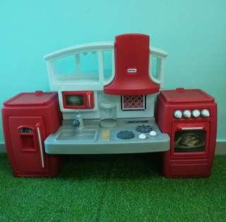 Little Tikes Cook and Grow Kitchen