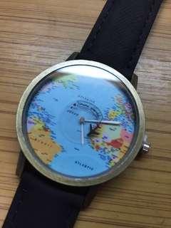 買到賺到,地圖造型手錶只要100元!!