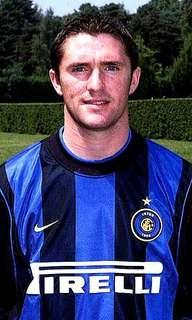 Nike 全新 Brand New With Tag 正版 Authentic 意甲 Inter Milan 2000-2001 細碼 國際米蘭 主場 短袖 球衣 Home Jersey  -Size S- Made in UK *未剪牌*英國製造*經典珍藏*