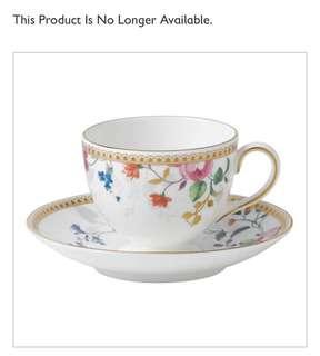 Wedgwood rose gold teacup & saucer 2 sets
