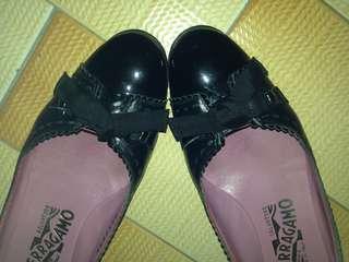 Black Shoes Ferragamo Leather