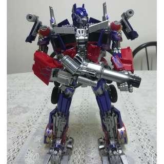 LT-02 Legendary Toys Optimus Prime (KO)