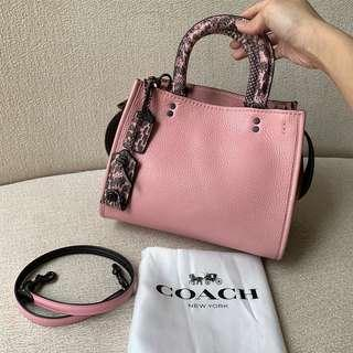 AUTHENTIC COACH Pink Leather Shoulder Sling / Crossbody Bag