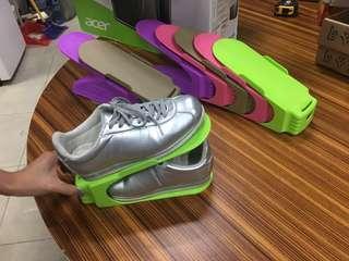 鞋類收納架