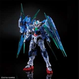 Pre-order: RG 1/144 00 Qan[T] Full Saber [Clear Color]