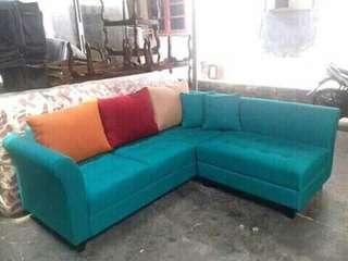 Sale display sofa l putus