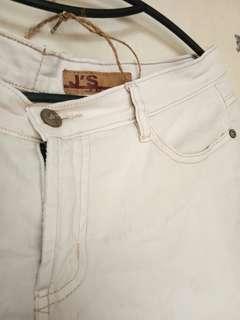 #YEARENDSALE - 3/4 Pants [Broken White]
