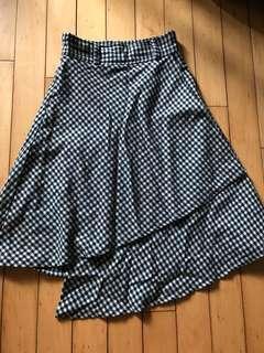黑白格仔半截裙