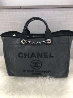 Chanel Deauville tote large