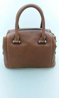 Ixacc Small Leather Bag