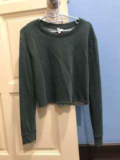 h&m emerald crop pullover