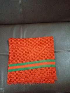 Hijab segi4 motif gucci