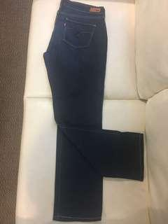Levi's Slight Curve Jeans (Woman)