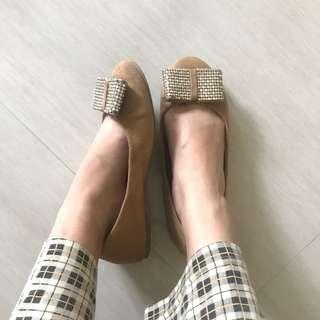 brown suede flat shoes