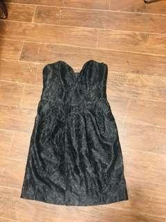 Lace dress black by Guess Small