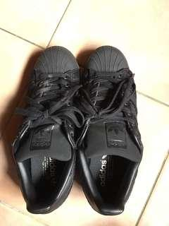 Adidas Superstar blacked out black