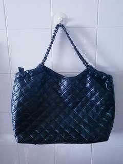SALES Now! Black Quilted Handbag