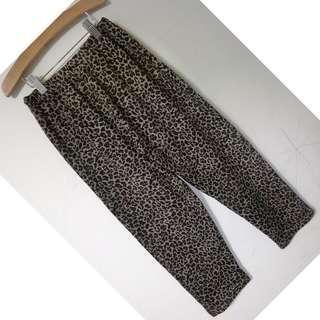 豹紋針織鬆緊腰身七分褲