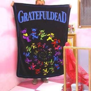 目前出價: 580 元 │ 已賣數量:0  580 元 「Grateful Dead 死之華 毯子 毛毯 被被 160x130CM @公雞漢堡」