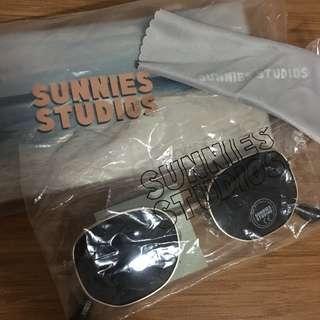 SUNNIES STUDIOS Huntington in Ore full